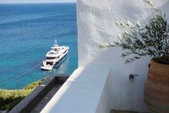 Seafront Villa ios 9