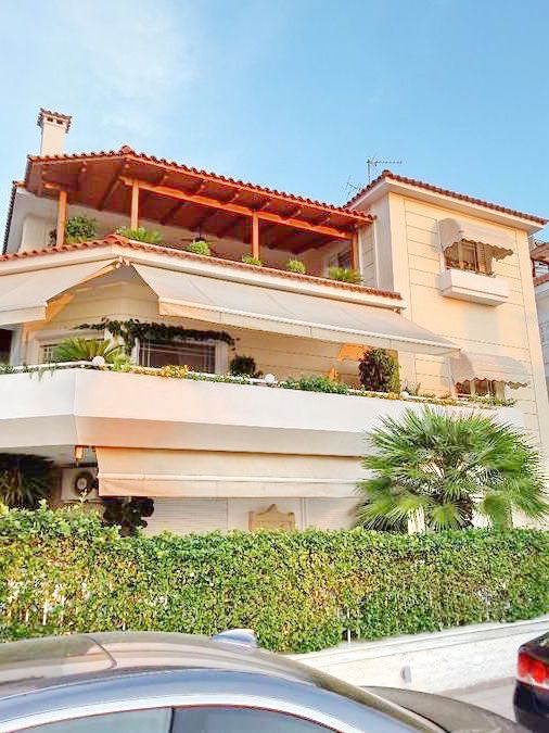 Villa for Sale at Glyfada Athens