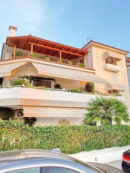 Villa for Sale at Glyfada Athens