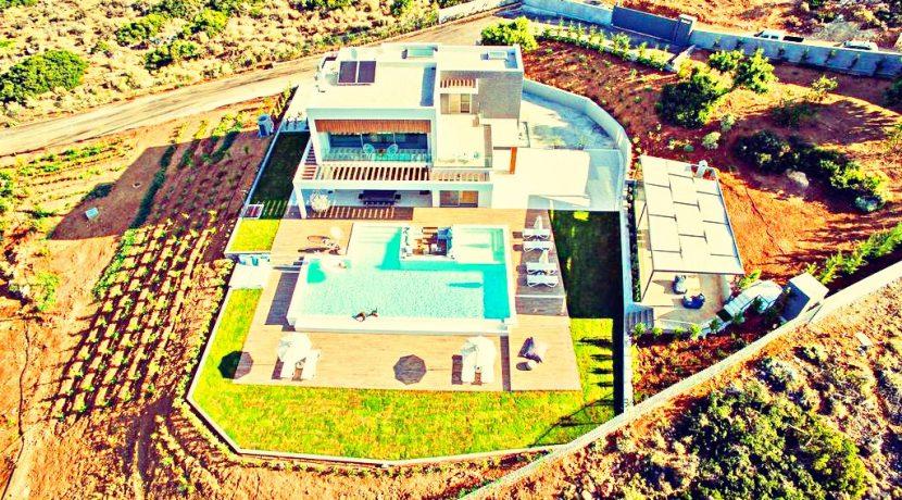 5 Star New Built Villa at Chania