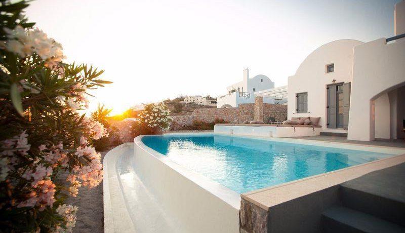 NEW Complex of 5 Luxury Villas for Sale in Santorini, Akrotiri 1