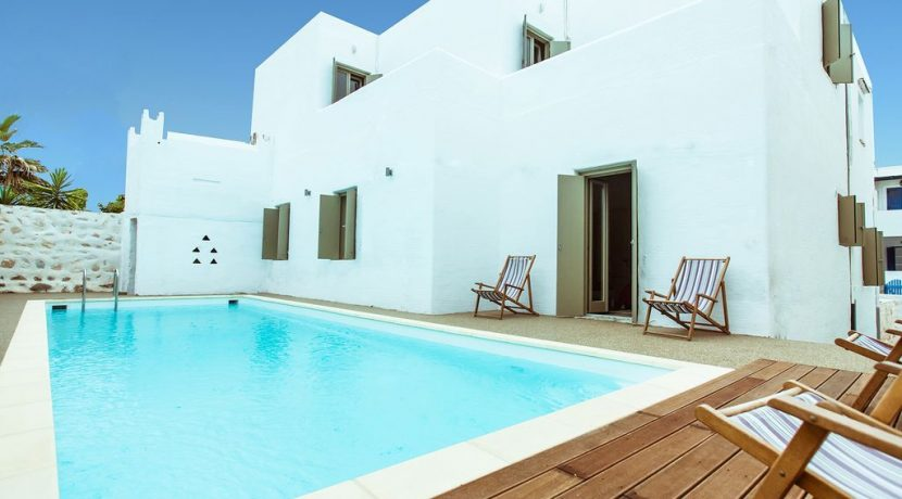 Villa in Paros Naousa with Pool for Sale Greece 19