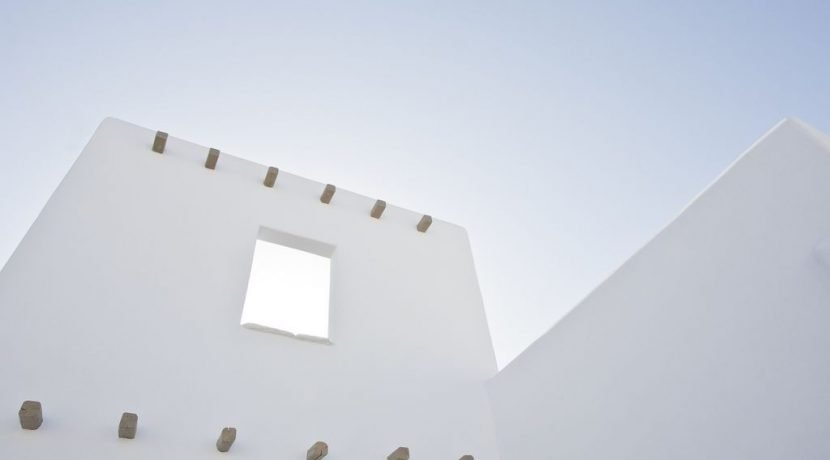 Villa in Paros Naousa with Pool for Sale Greece 2