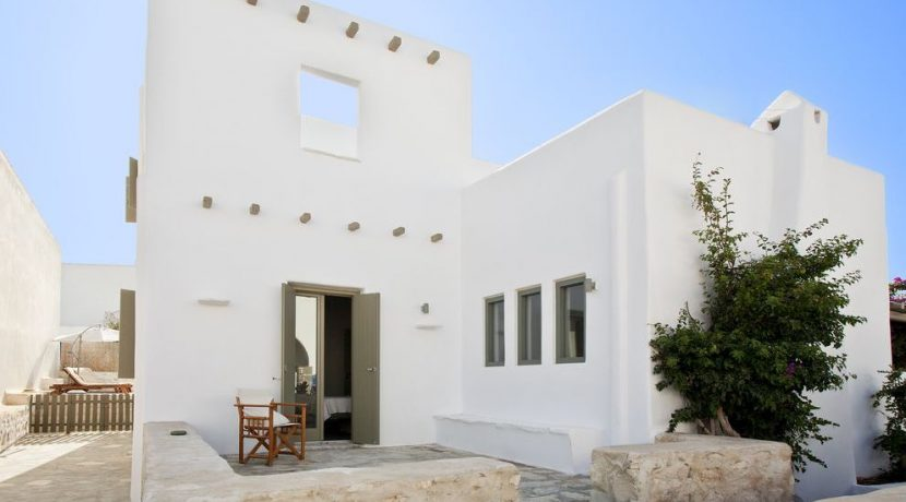 Villa in Paros Naousa with Pool for Sale Greece 21