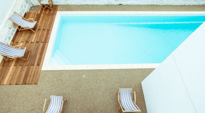 Villa in Paros Naousa with Pool for Sale Greece 3