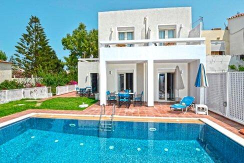 Villa of 5 Holiday apartments in Crete. Properties in Crete. Business in Crete 1