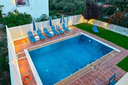 Villa of 5 Holiday apartments in Crete. Properties in Crete. Business in Crete 10