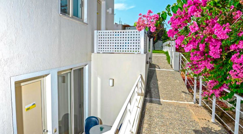 Villa of 5 Holiday apartments in Crete. Properties in Crete. Business in Crete 15