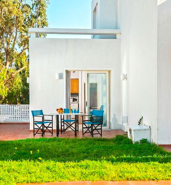 Villa of 5 Holiday apartments in Crete. Properties in Crete. Business in Crete 2