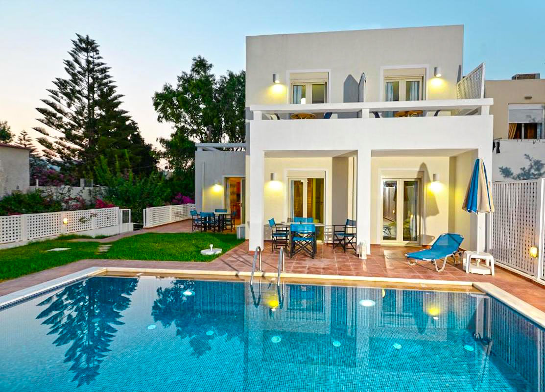 Villa of 5 Holiday apartments in Crete, Rethymno