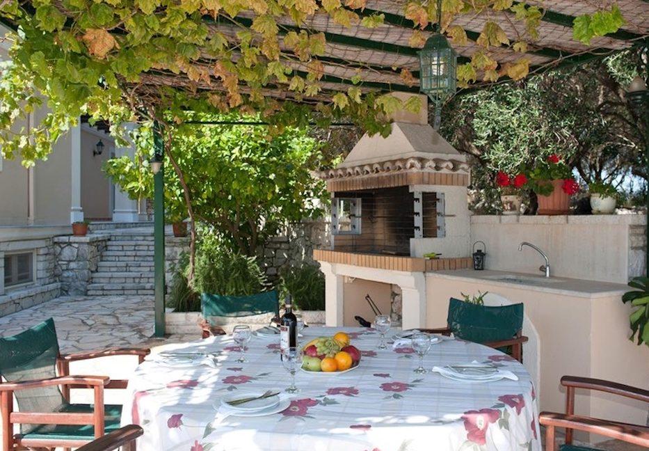 Amazing Villa for Sale Corfu Greece, Distance from beach: 20m. Beachfront Villa Corfu for Sale, Seafront Property in Corfu, Real Estate in Corfu 2