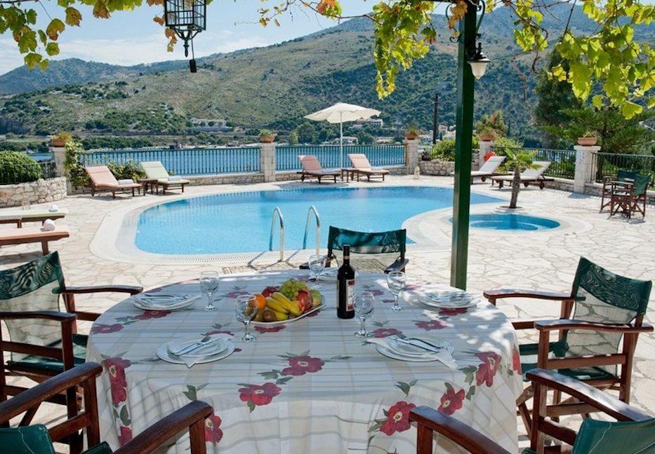 Amazing Villa for Sale Corfu Greece, Distance from beach: 20m. Beachfront Villa Corfu for Sale, Seafront Property in Corfu, Real Estate in Corfu 3