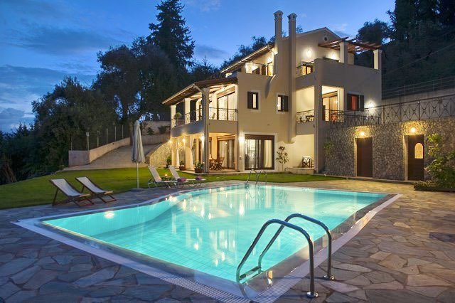 Luxury Estate Villa in Corfu for Sale 10
