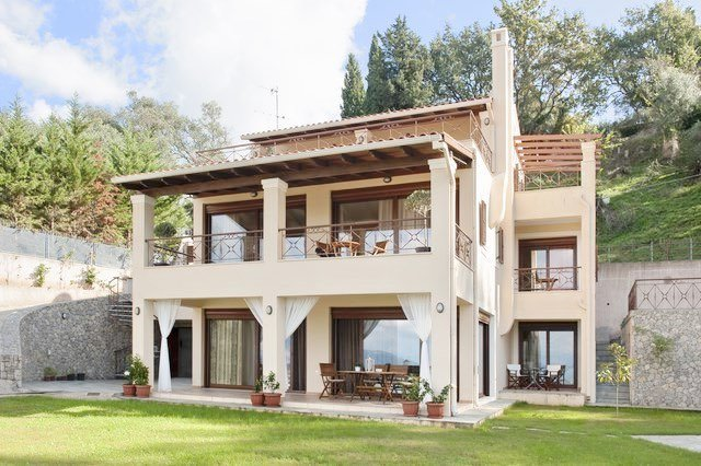Luxury Estate Villa in Corfu for Sale 12