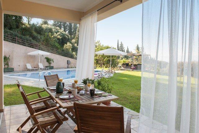 Luxury Estate Villa in Corfu for Sale 3