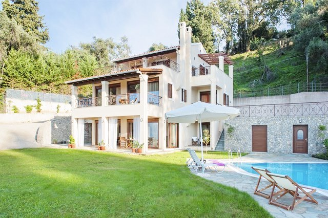 Luxury Estate Villa in Corfu for Sale 9