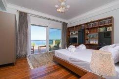 Luxury Villa by the sea Attica 1