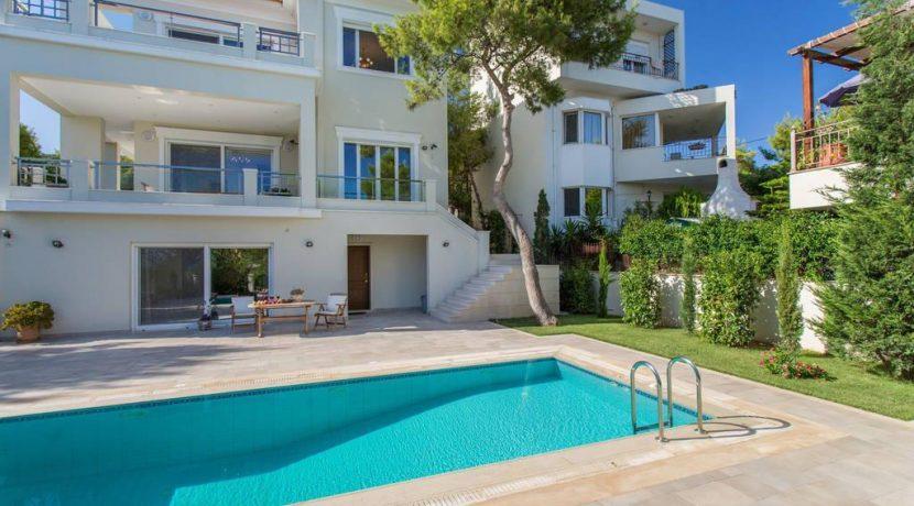 Luxury Villa by the sea Attica 3