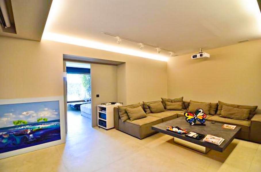Seafront Villa in Attica with Private Beach 16