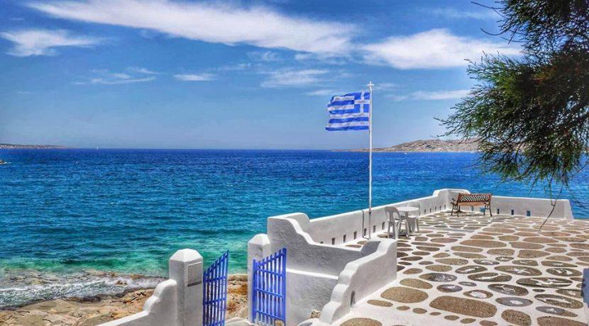 Seaside Villa in Paros for Sale 12