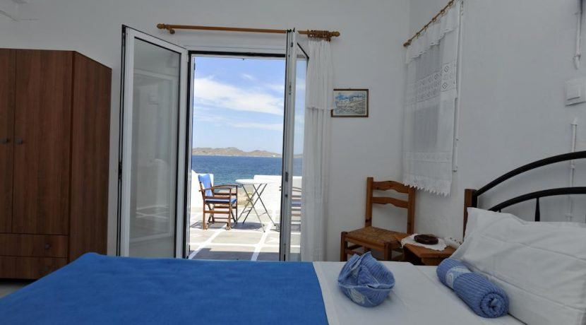 Seaside Villa in Paros for Sale 3