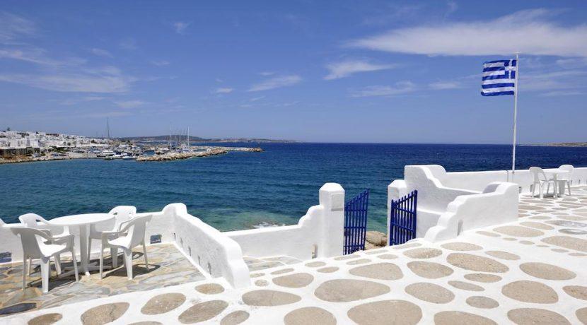 Seaside Villa in Paros for Sale 5