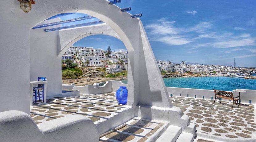 Seaside Villa in Paros for Sale 6