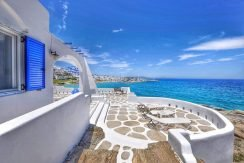 Seaside Villa in Paros for Sale 7