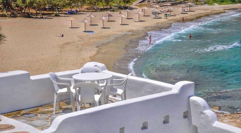 Seaside Villa in Paros for Sale 9