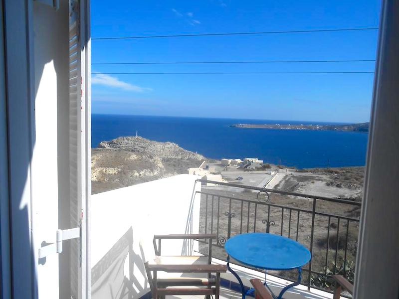 Apartments Hotel at Oia Santorini, near Ammoudi, 25 Apartments