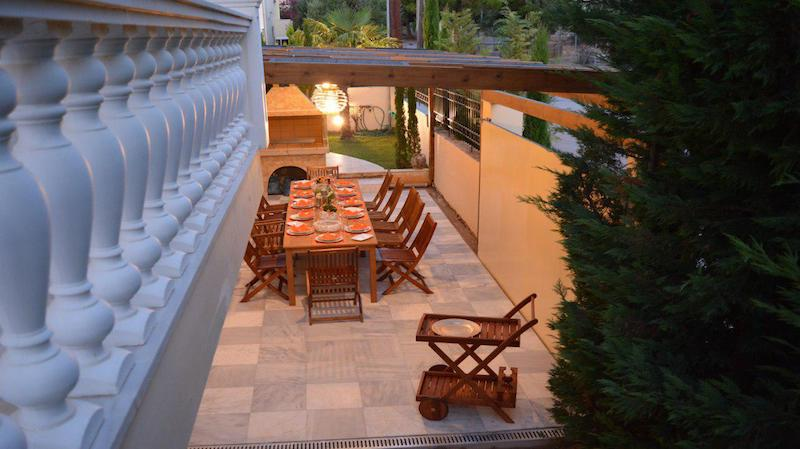 Classic Greek Style Top Villa In Crete 1