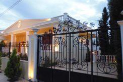 Classic Greek Style Top Villa In Crete 2