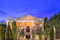 Classic Greek Style Top Villa In Crete 3
