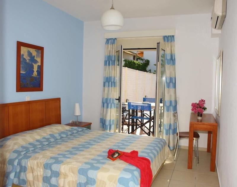 Villa of 4 Holiday apartments in Crete EXCLUSIVE