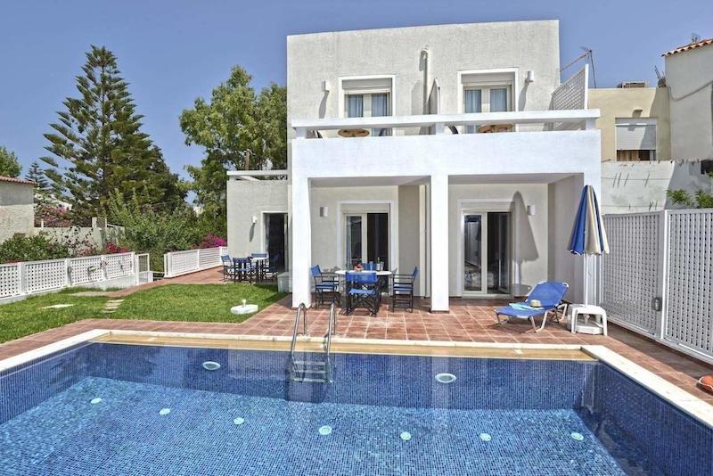 Villa Of 4 Holiday Apartments In Crete Rethymno