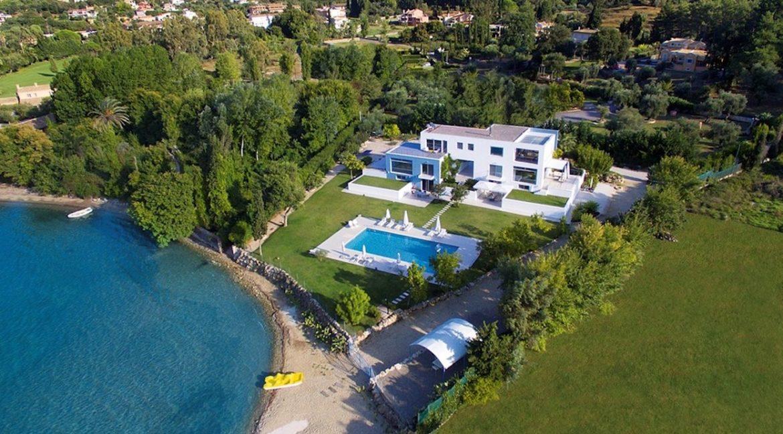 Seafront Minimal Villa at Corfu 1