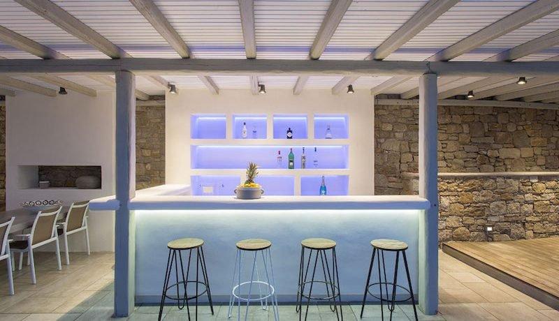 3 New Villas in Mykonos 11