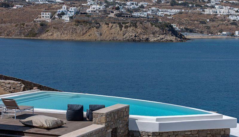 3 New Villas in Mykonos 13