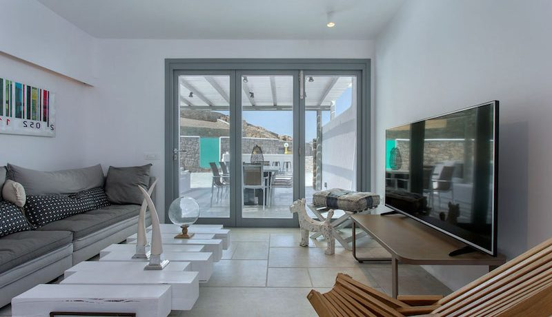 3 New Villas in Mykonos 2