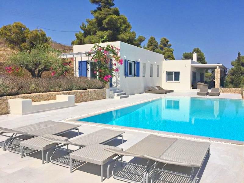 6 Bedroom Villa in Porto Heli for Sale