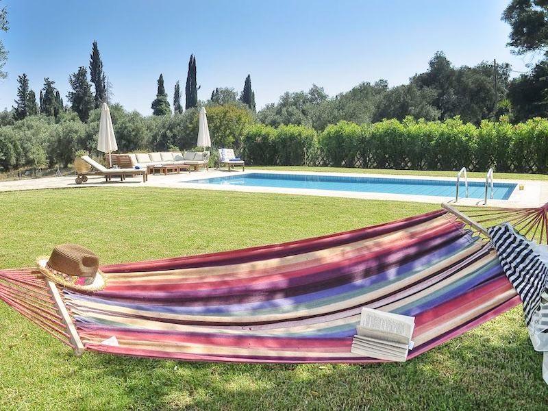 Beautiful House with Pool near Kontokali, Corfu