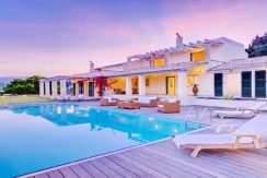 Big Villa with large land plot Corfu 12