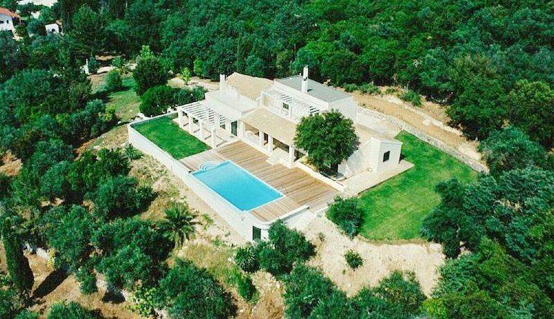 Big Villa with large land plot Corfu 15
