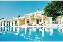 Big Villa with large land plot Corfu 7