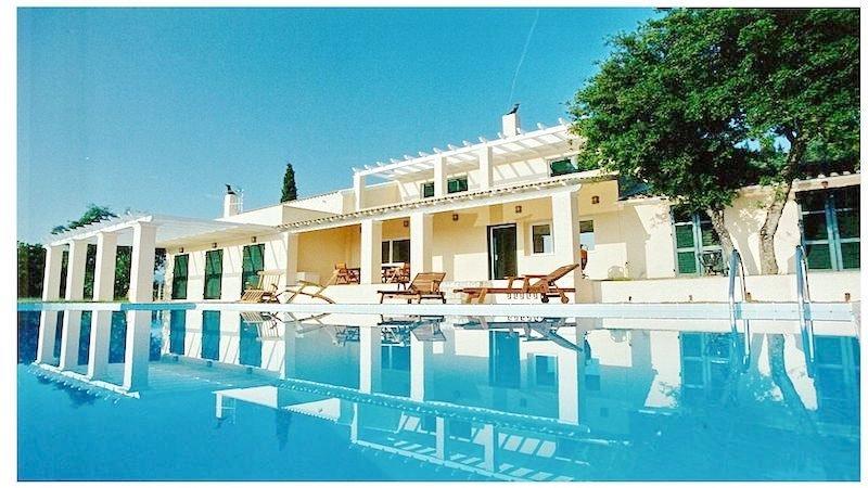Big Villa with large land plot Corfu 7