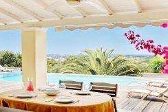 Big Villa with large land plot Corfu 9