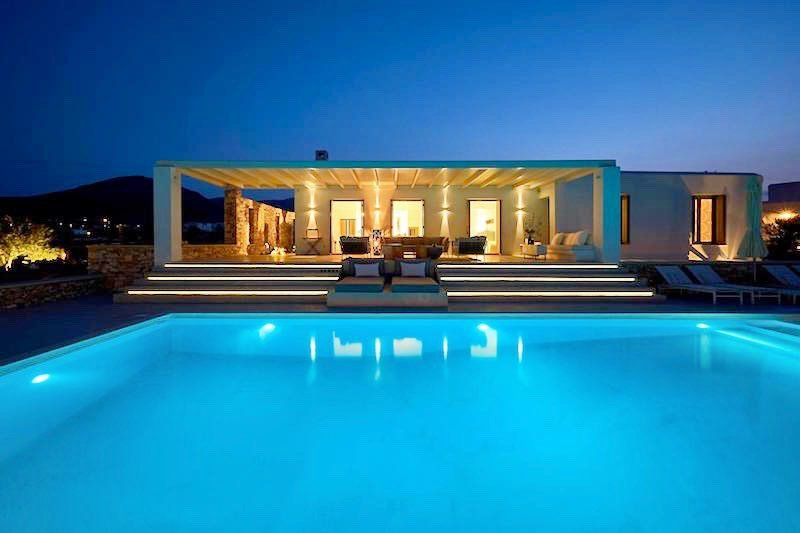 Luxury Villa in Lolandonis Beach , in Paros