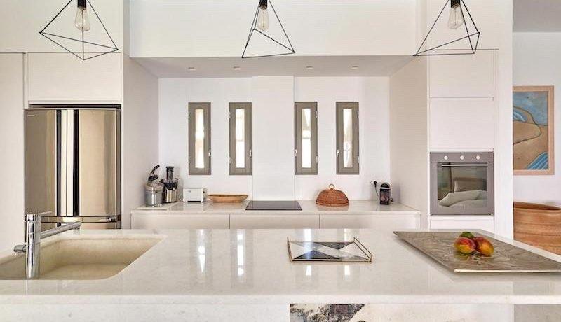 Luxury Villa in Lolandonis Beach , in Paros 18