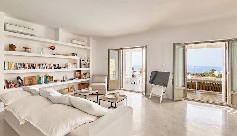Luxury Villa in Lolandonis Beach , in Paros 20