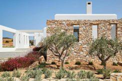 Luxury Villa in Lolandonis Beach , in Paros 3